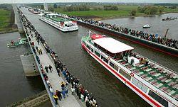 ...a250px-Elbe_Water_Bridge